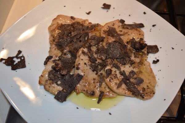 veal-escalope-black-truffle