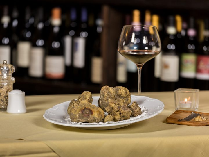 TRUFFLE AND WINE: SUGGESTIONS AND COMBINATIONS